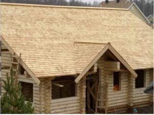 Пример крыши из гонта