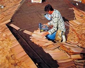 Укладка дранки на крышу