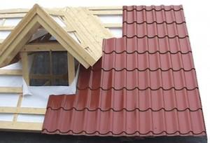 Крепление листов металлочерепицы на крышу