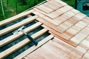 Пример укладки деревянной дранки