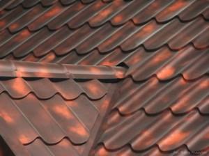 Крыша покрытая металлочерепицей