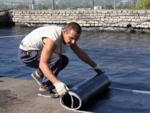 Укладка материала на подготовленную поверхность